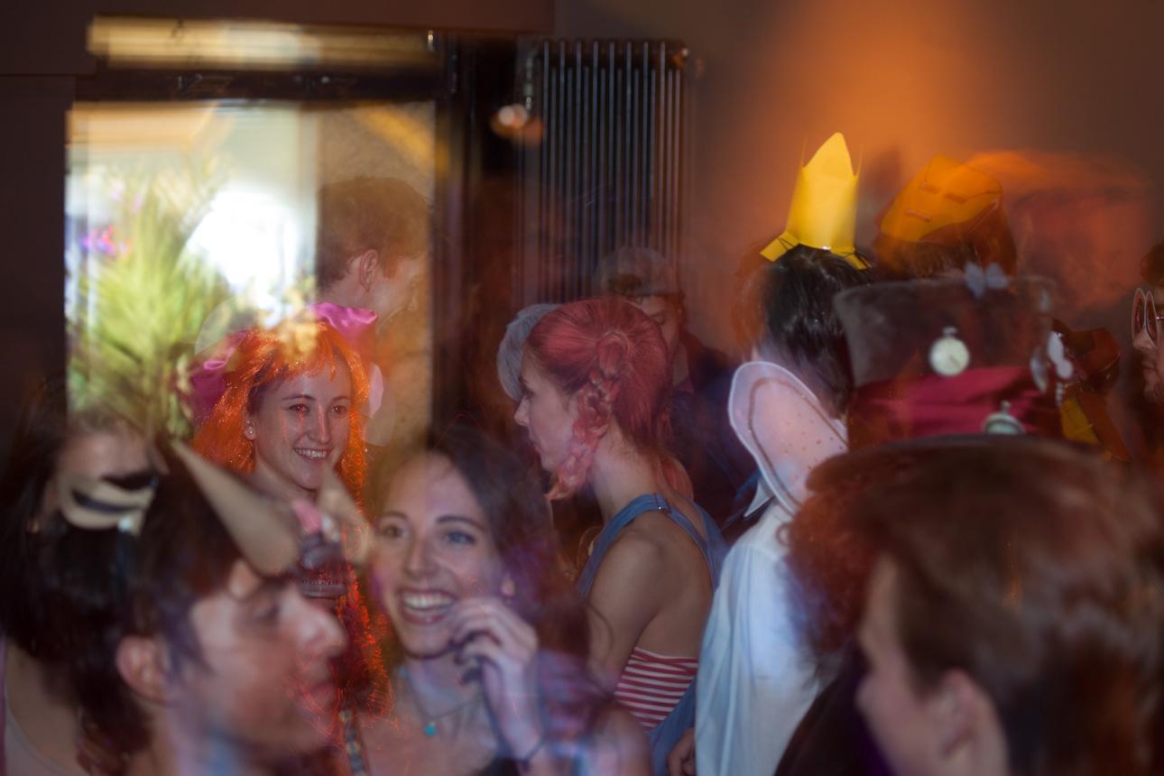 Photographs from the Kostüm Party Animation Obligation Yart Bar