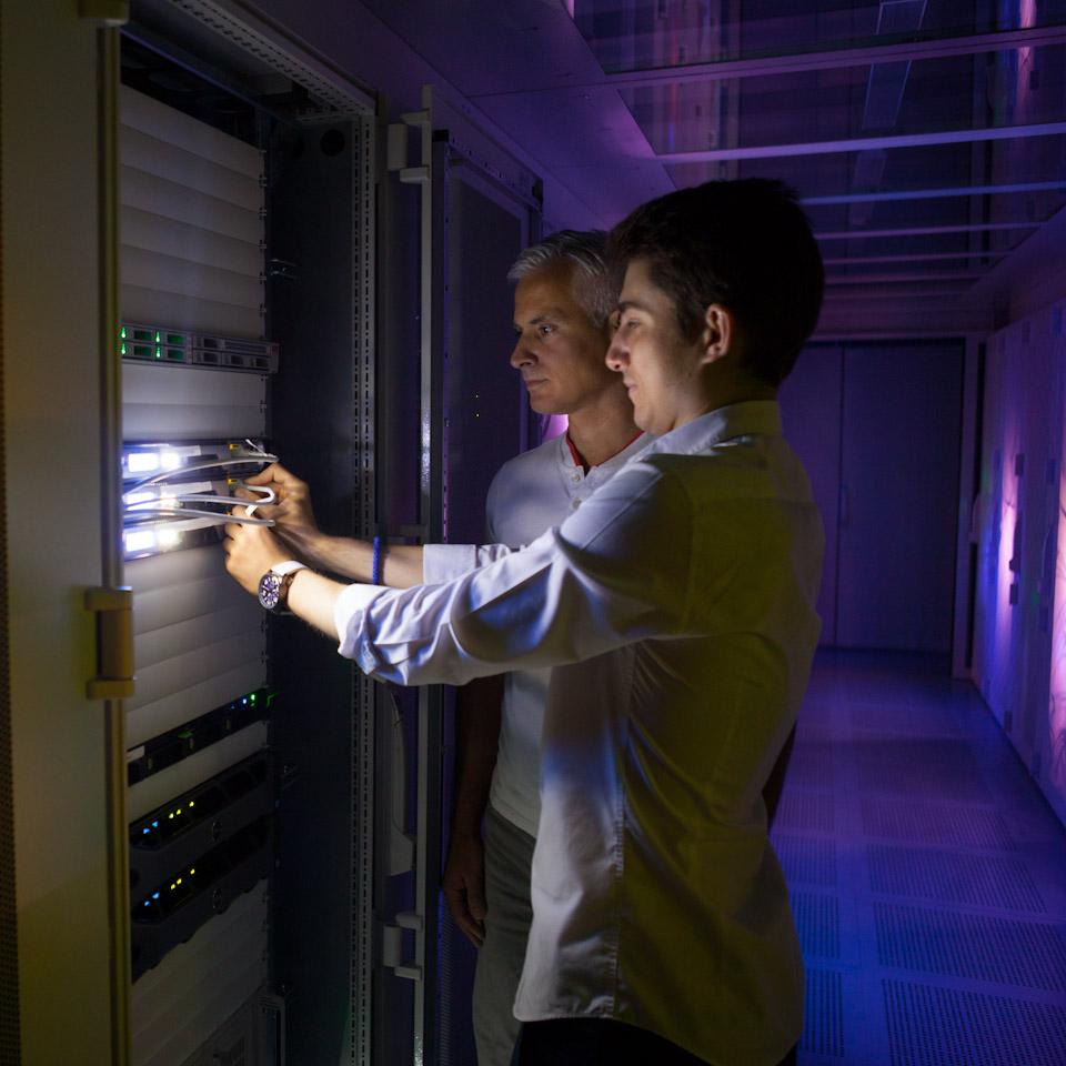 Bilder für die Homepage und Server Hosting.