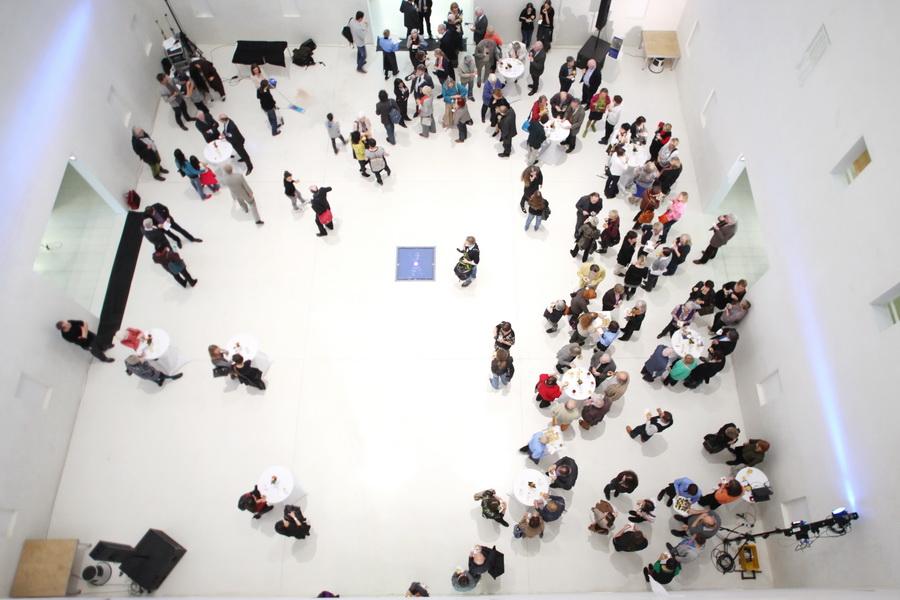 Eventfotograf Berlin Mitte in der Stuttgarter Stadtbibliothek bei einer Veranstaltung.