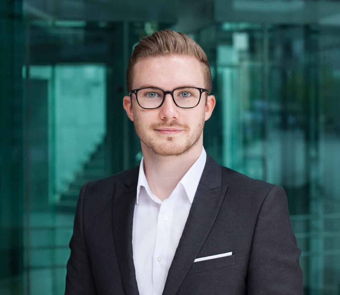 Fotograf Berlin Business Portrait für Unternehmen, Editorial und Geschäftsberichte.